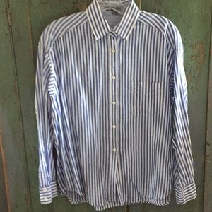 Vince white w blue stripe cotton shirt - size 4